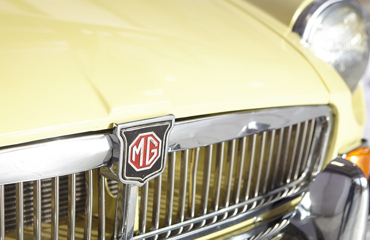 MGB Series 1 60s for sale yellow primrose chrome grill
